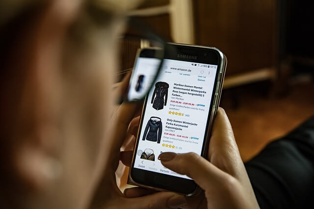 Negative Customer Experience online review clothing shopping