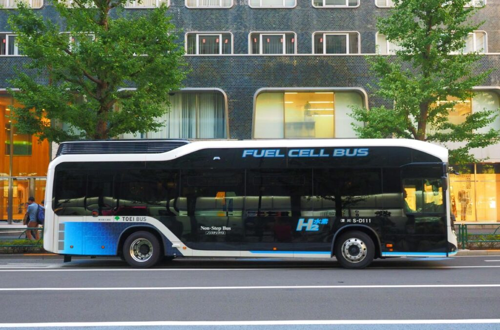 FCEV fuel cell bus Japan H2 Mobility